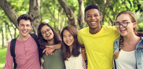 你是否应该和你的外籍男友同居?