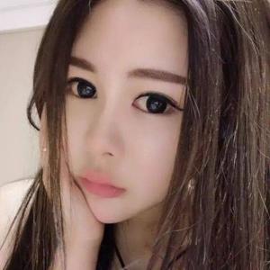 劉芳 21