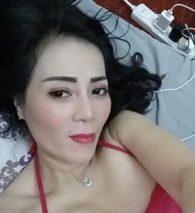 Lily jusmin 25