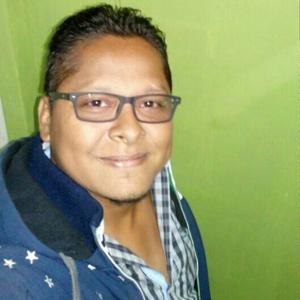 Gary Leiva 32