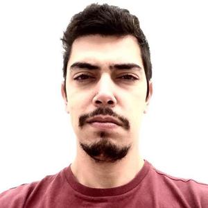 Thiago Barros 33