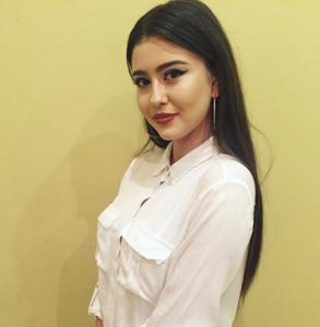 Anastasia  25