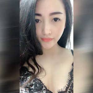 Bùi Hương Giang 23