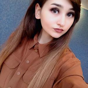 Арина Суханова 25