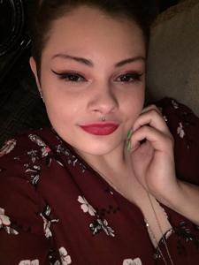 Stephanie  24