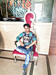 Himayat Ansari  22