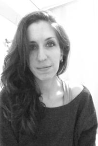 Laura Rauch 35