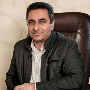 Omar Hasan 52