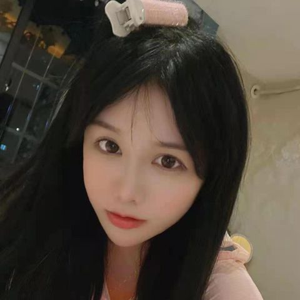 李薇薇 23