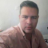 Sebastian Uribe 32