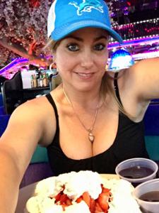 Ellie  45