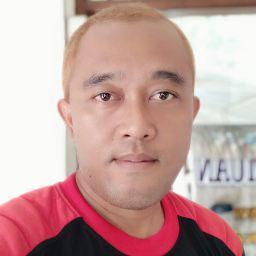 Andre Waluyo 34