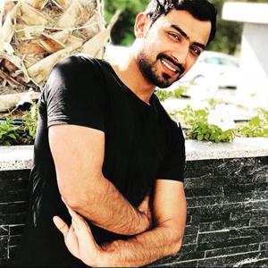 Ahmad Khan 22