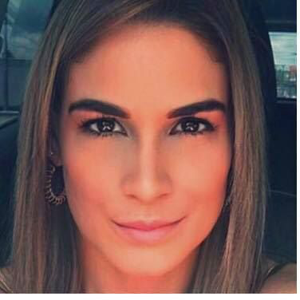 Ana Isabel Echeverri 40
