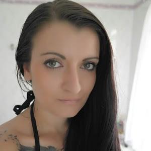 Aya Ahker 36