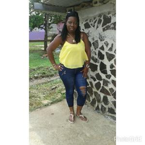 Jennie Esther Araujo 49