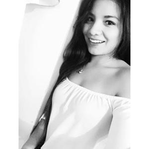 Nicole Gómez Aguilar 21