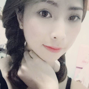 Linh Mai 28