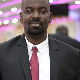 Mohamed Abdelmoniem 32