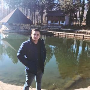 Alex Mircea 27