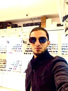 Hossam 32