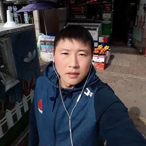 Dmitriy Kim 37
