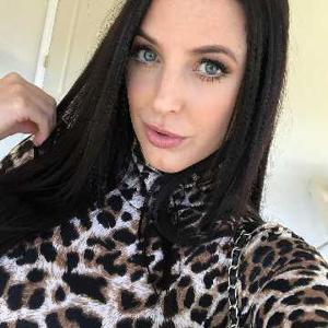 Jenny Dea 34