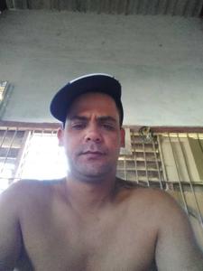 Douglas Rivero 35