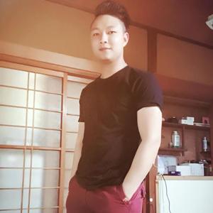 Piter Nguyễn 30