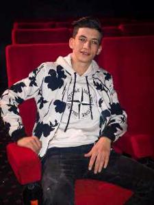 Yussef  21