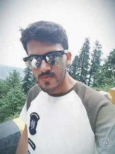 Zaraq Bhatti 28